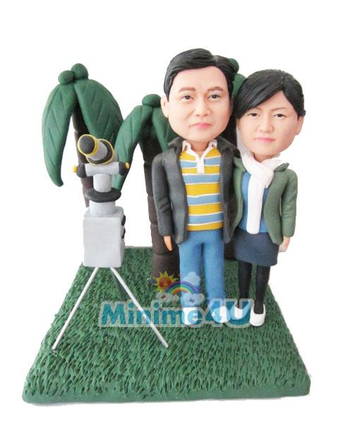 anniversary couple figure